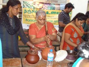 thumb Kudumbam Farmers preparing traditional food