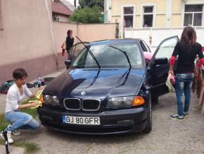 thumb Freres Europa car-wash