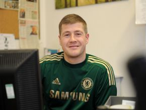 thumb Glasgow Robbie Miller support worker portrait130110