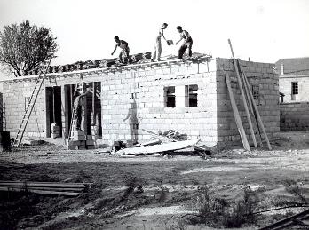 les d buts en france 1949 1954. Black Bedroom Furniture Sets. Home Design Ideas